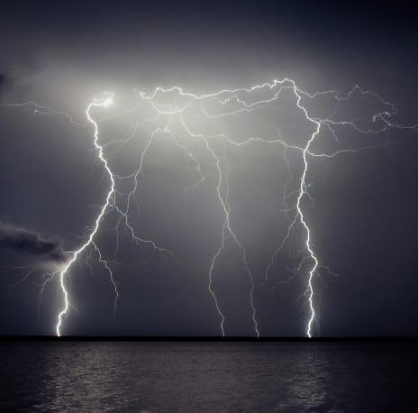 Tordenvejr og lyn er ikke godt til fiskeri