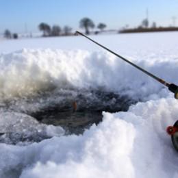 Isfiskeri i Put & take fiskesø