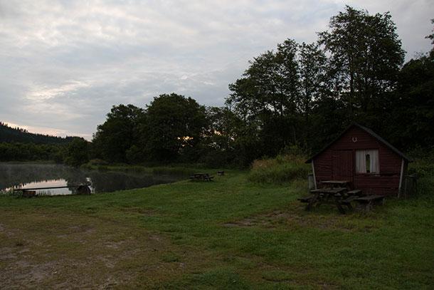Fiskehytte ved Lystrup Bæk Fiskesø